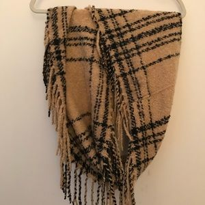 Accessories - Plaid Infinity Scarf w Fringe- Super soft